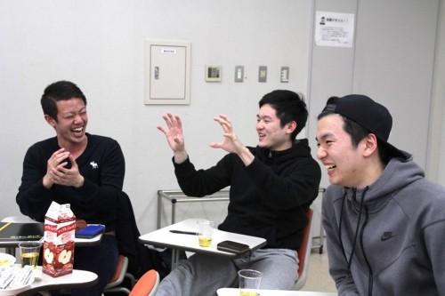 ※パスをくれ!という念が伊澤選手に届いた税所選手(中)